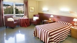 Residencia Ancianos Barcelona - Habitación residencia para mayores SARquavitae Regina