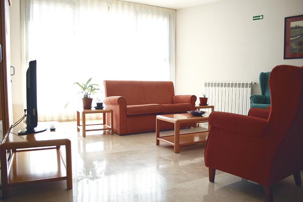 Salón residencia tercera edad SARquavitae Miraflores  Bilbao, Vizcaya