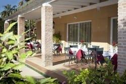 Terraza residencia para ancianos SARquavitae Azalea Málaga