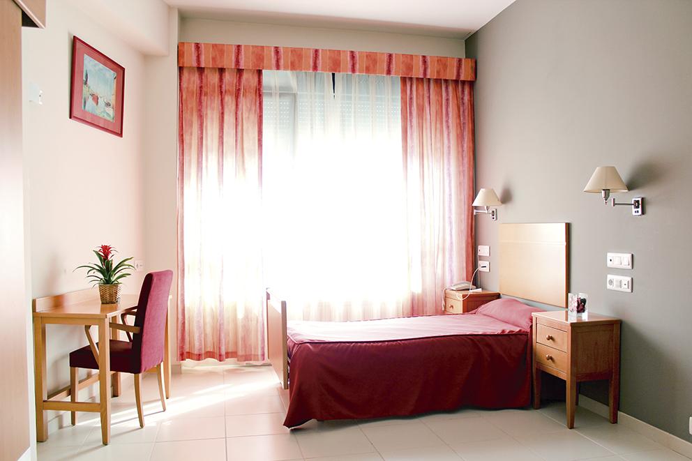 Habitación individual residencia tercera edad SARquavitae Miraflores  Bilbao, Vizcaya