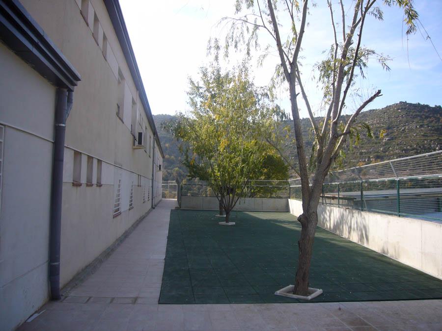Residencia Ancianos Barcelona - Jardín trasero Residencia SARquavitae Mont Martí