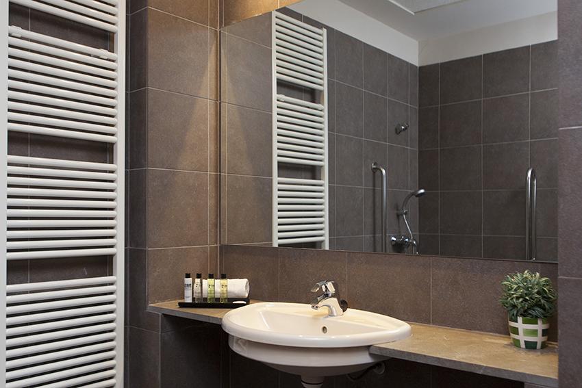 Baño residencia para mayores SARquavitae  Costa d' en Blanes