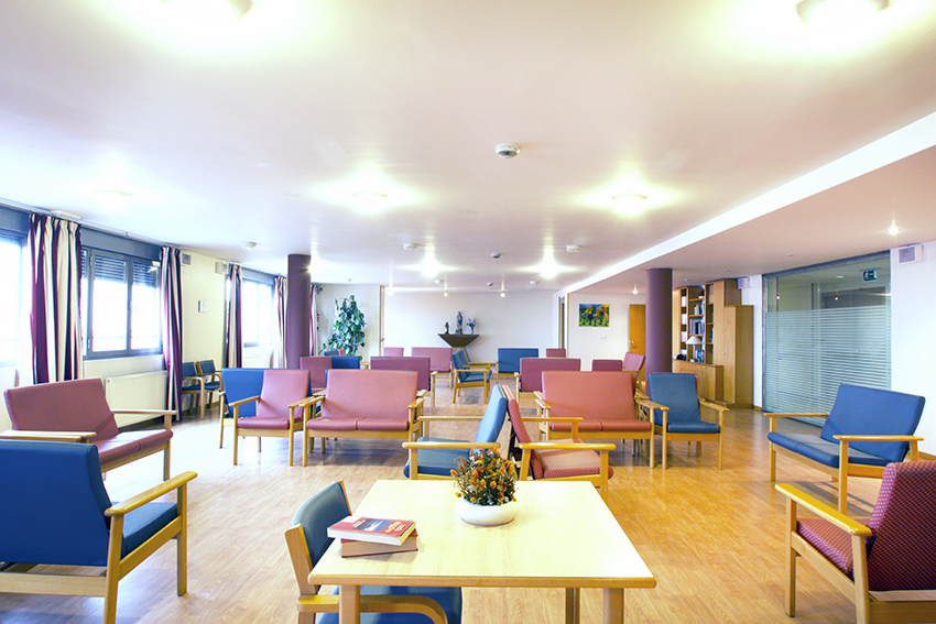 Salón residencia de ancianos SARquavitae Stella Maris Santander