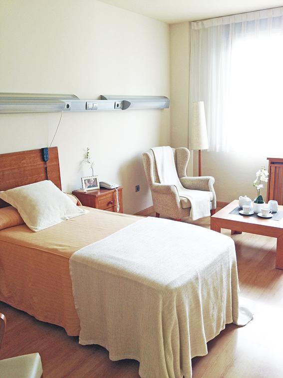 Habitación Suite residencia para ancianos SARquavitae La Florida Oviedo