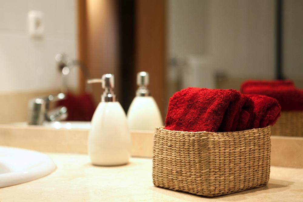 Baño residencia para mayores SARquavitae Claret