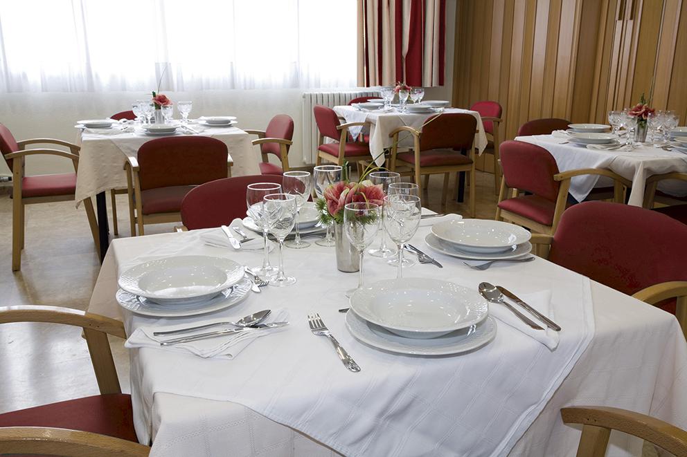 Comedor residencia geriátrica SARquavitae Fontibre Equipo SARquavitae Fontibre Zaragoza