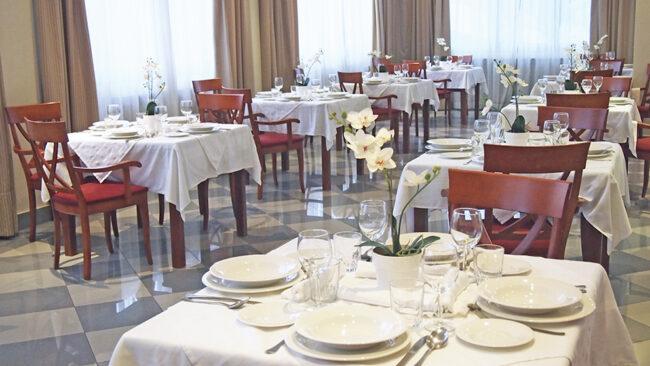Comedor residencia para ancianos SARquavitae La Florida Oviedo