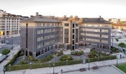 Exterior residencia para ancianos SARquavitae La Florida Oviedo