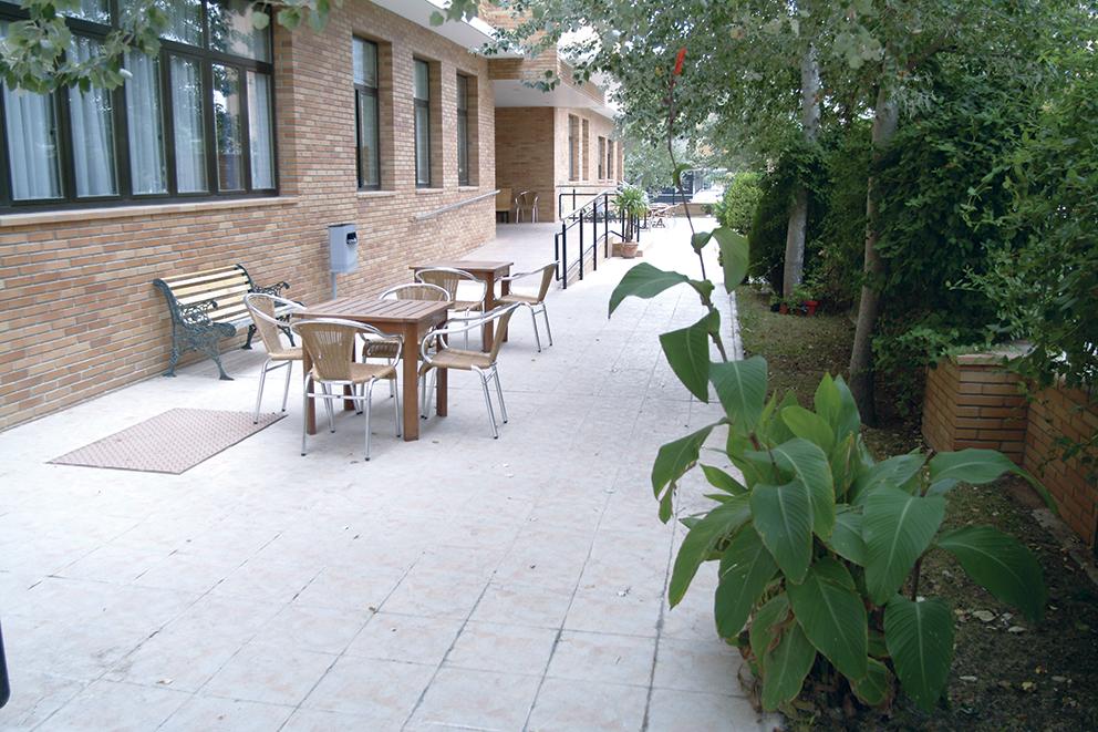 Exterior residencia geriátrica SARquavitae Fontibre Zaragoz