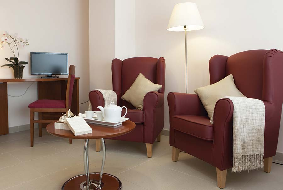 Detalle de un salon de la residencia para ancianos SARquavitae Palma