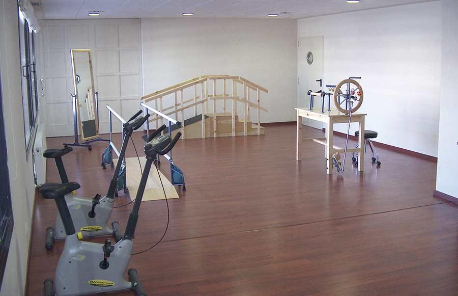 Gimnasio de rehabilitación de la residencia geriátrica SARquavitae Ciudad de Móstoles, en Madrid