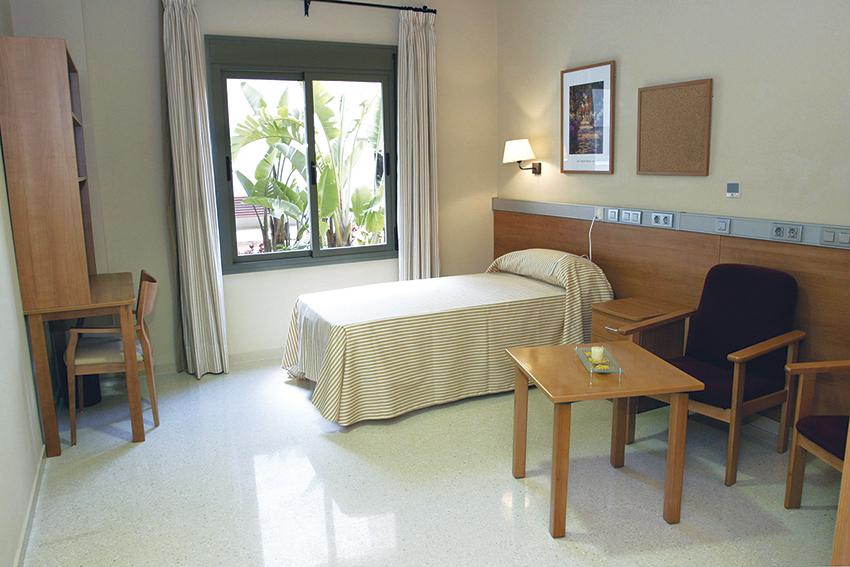 Habitación residencia para ancianos SARquavitae Sierra de las Nieves Málaga