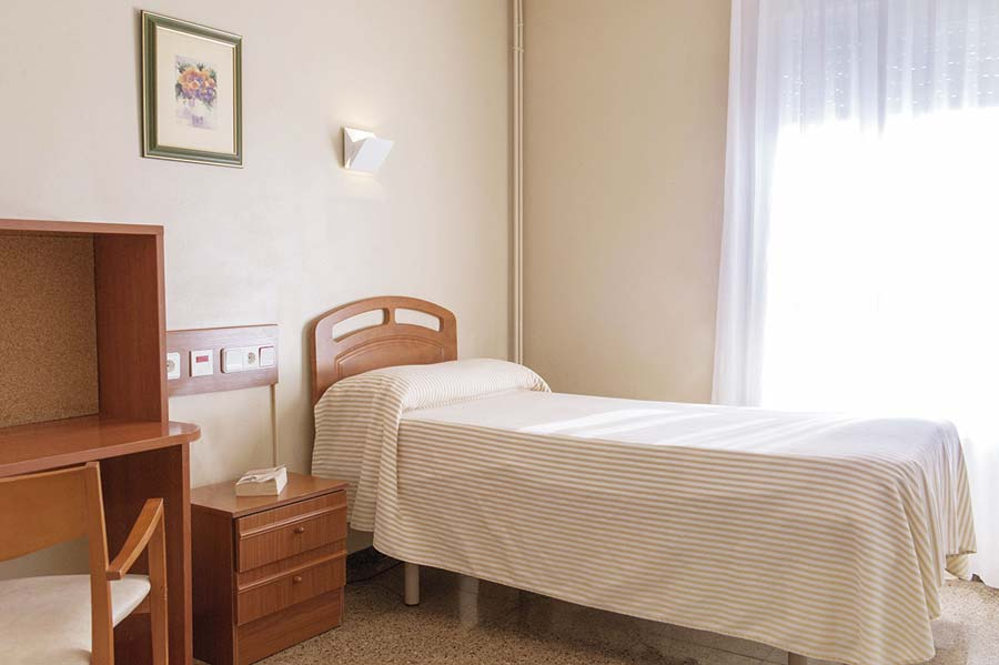 Habitación individual de la residencia para ancianos SARquavitae Terraferma