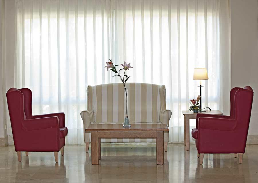Sala de estar de la residencia de ancianos SARquavitae Azalea