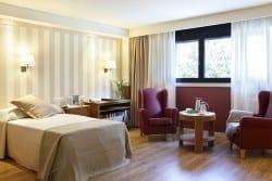 Residencia Ancianos Barcelona - Habitación residencia para mayor DomusVi Bonanova