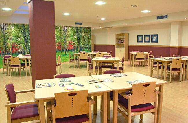 Sala de terápia residencia tercera edad SARquavitae El Serrallo Granada