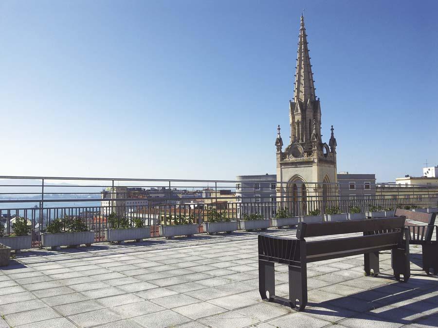Vistas sobre Santander desde la terrada exterior de la residencia sociosanitaria SARquavitae Stella Maris