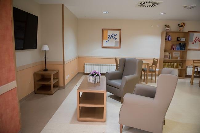 Residencia mayores Elche Carrús sala de estar1