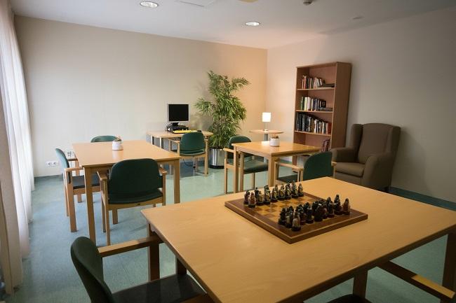 Residencia mayores Elche Carrús sala de terapias
