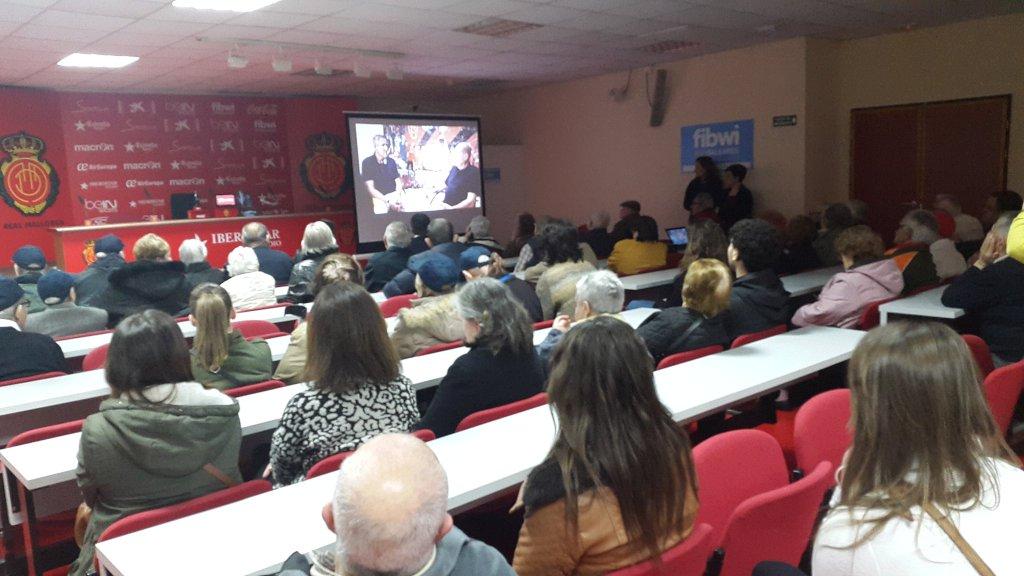 160127 las resis de Baleares visitan estadio mallorca6
