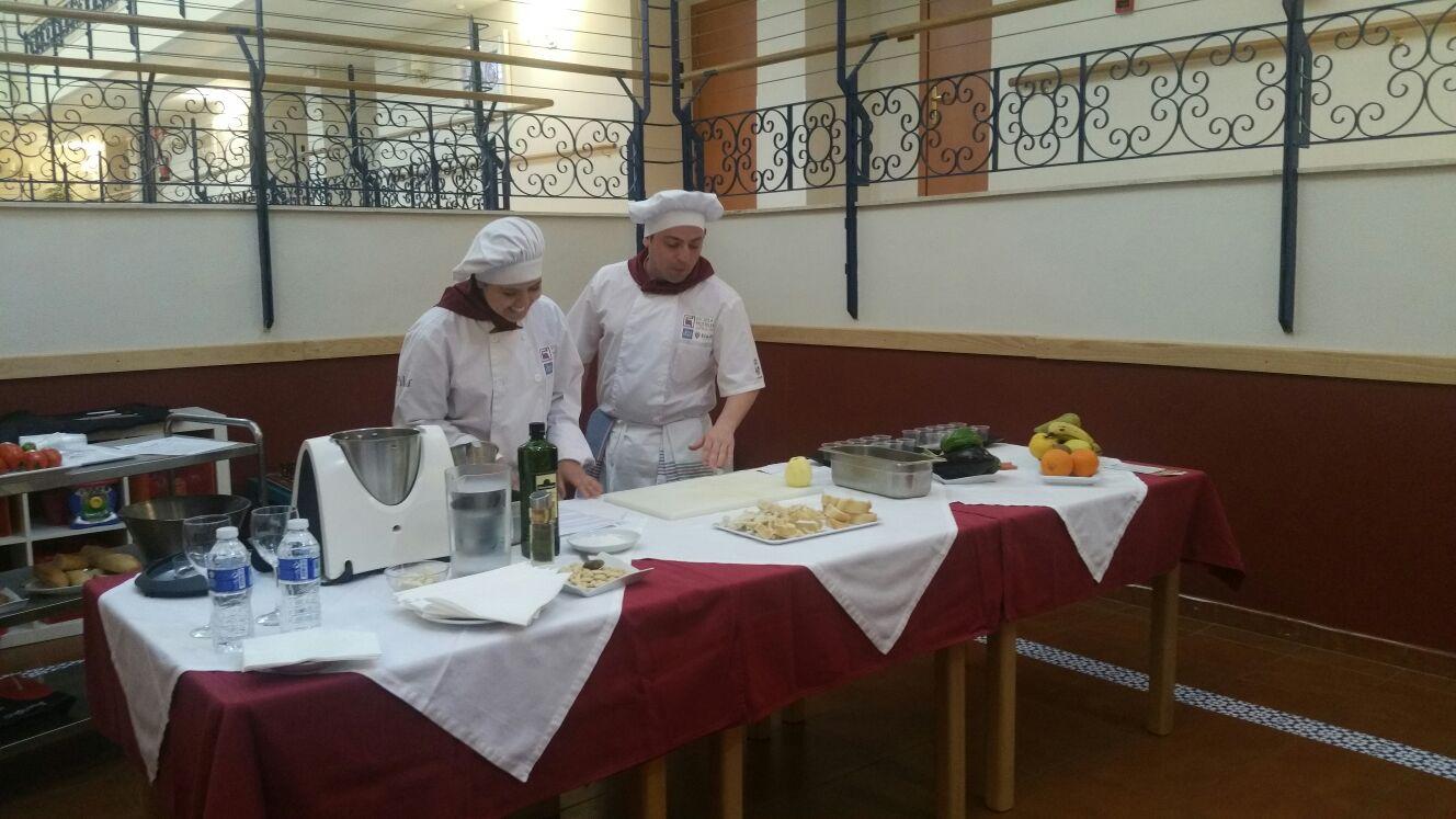 160330 azalea show cooking5