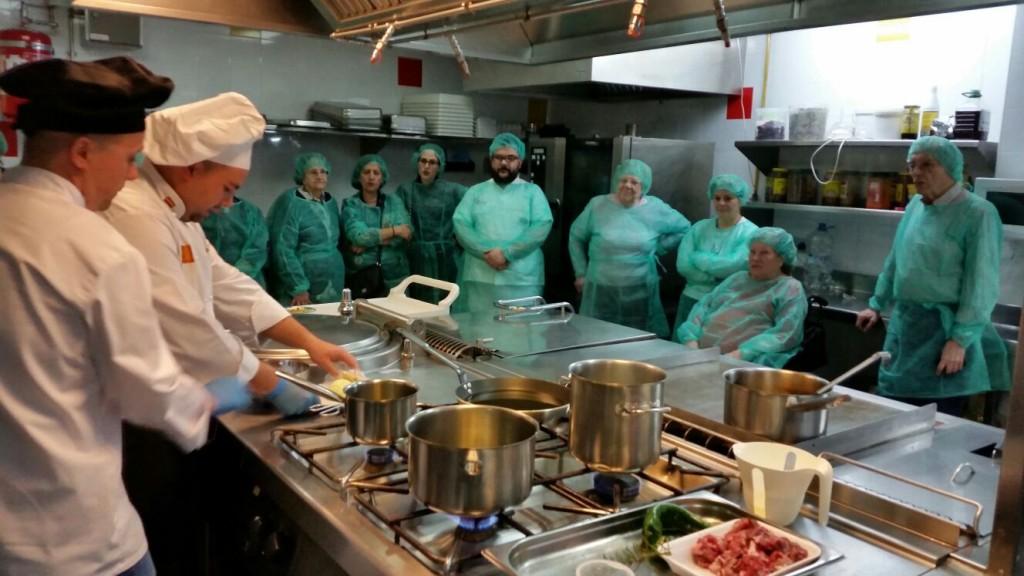 160331 Serrallo Show cooking1