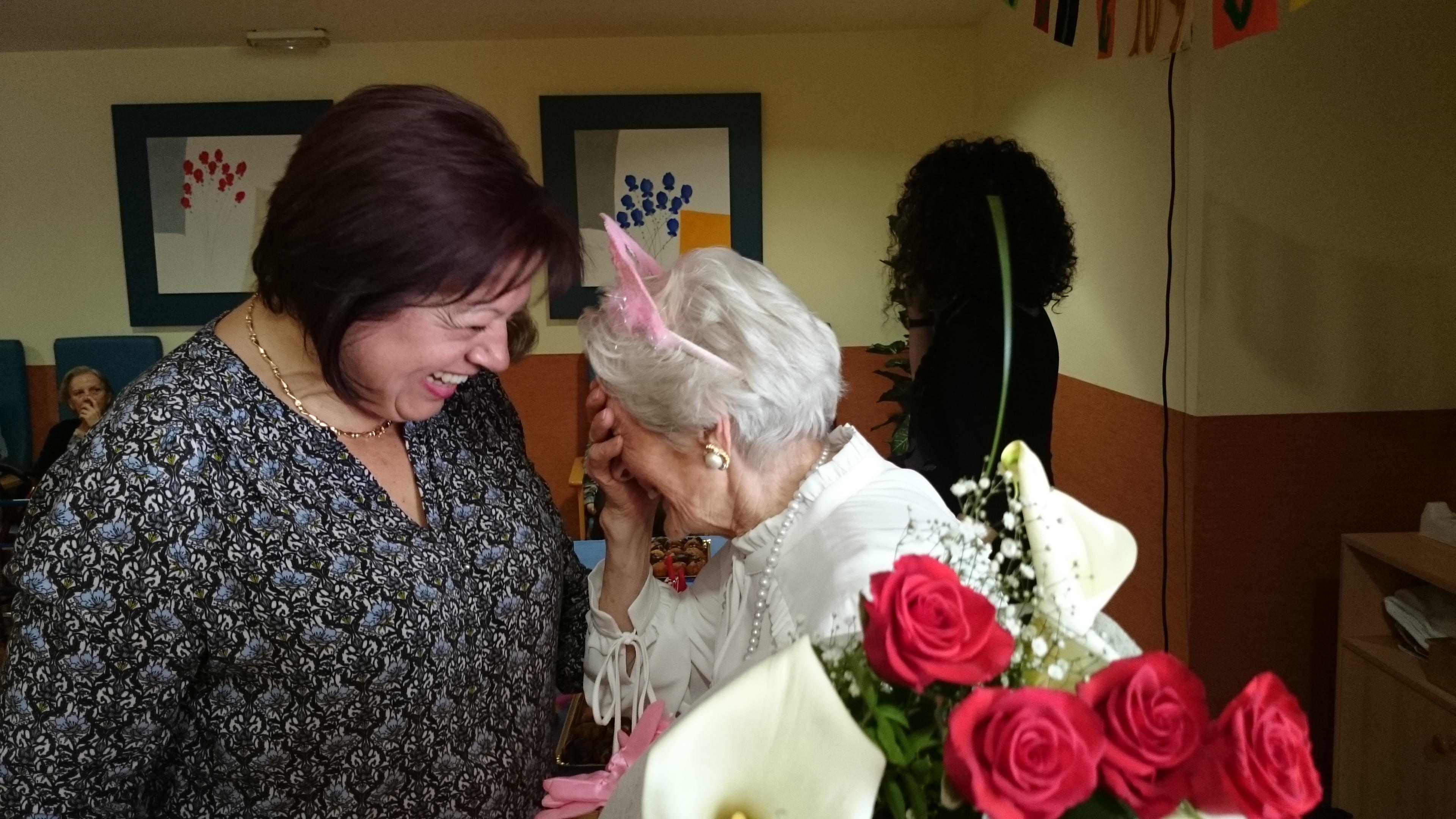 face aljub 104 cumpleaños