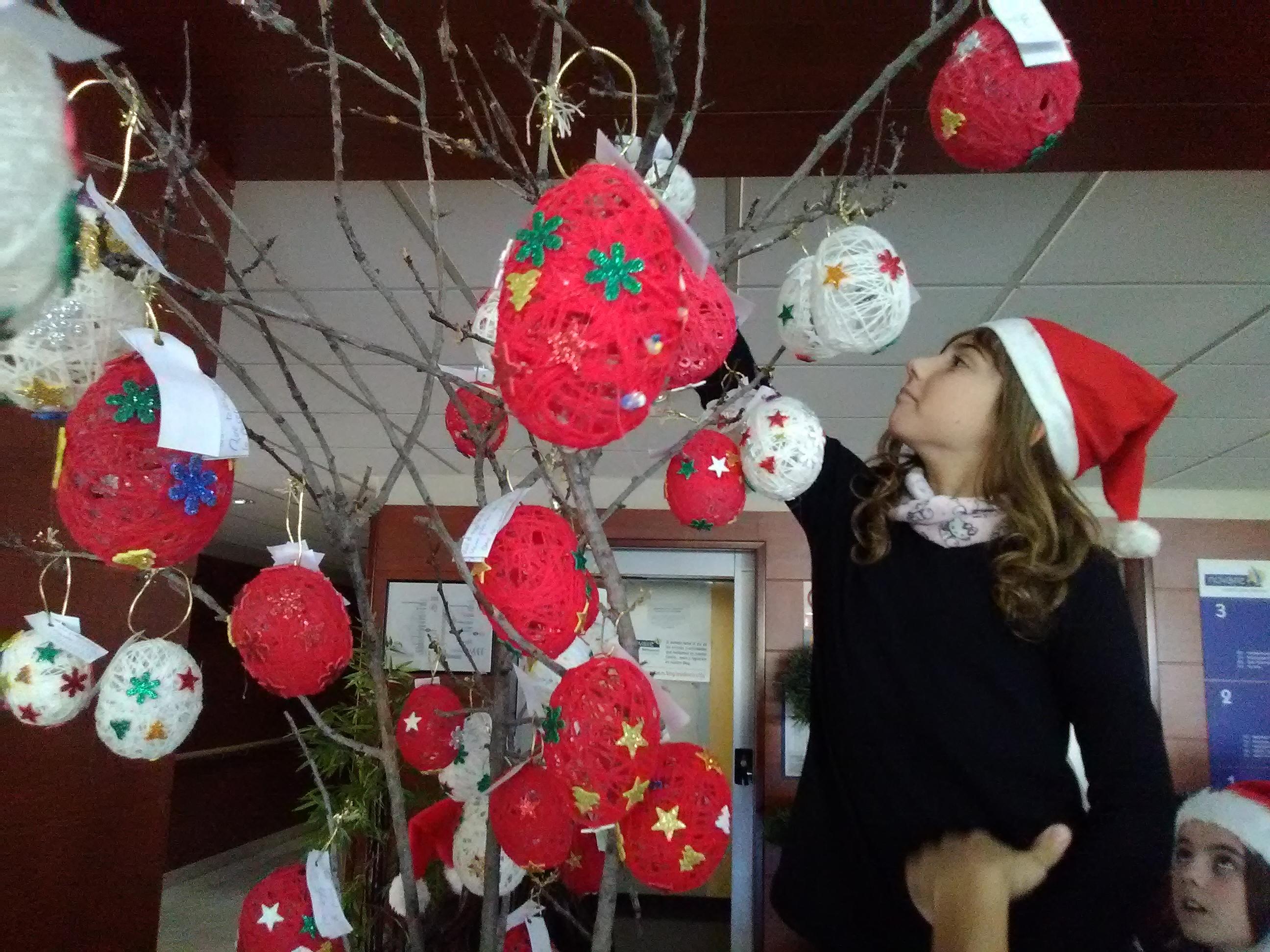 Elda Jornada convivencia árbol colegio (3)