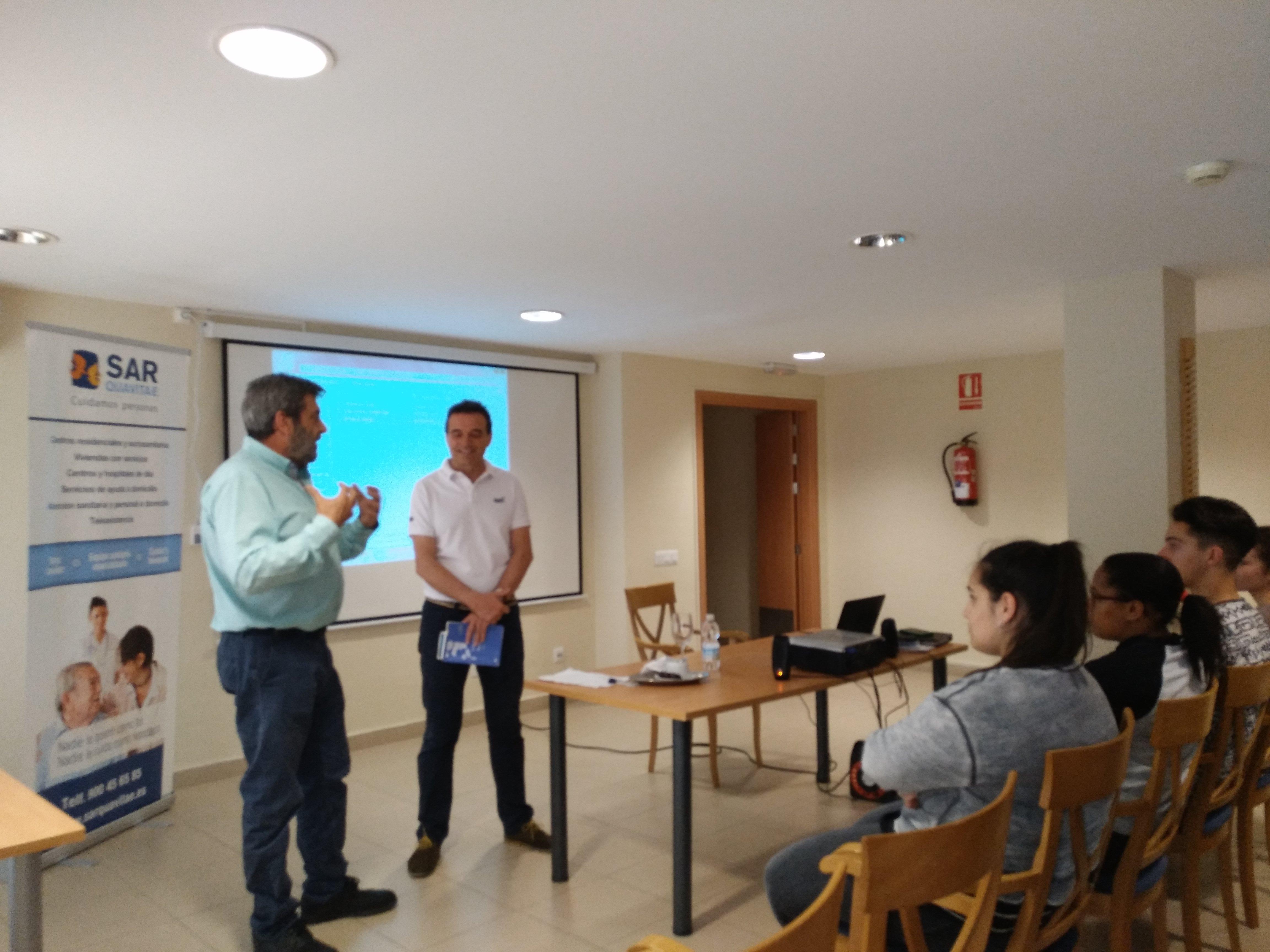 Presentación Badajoz Contigo en SARquavitae C Badajoz3