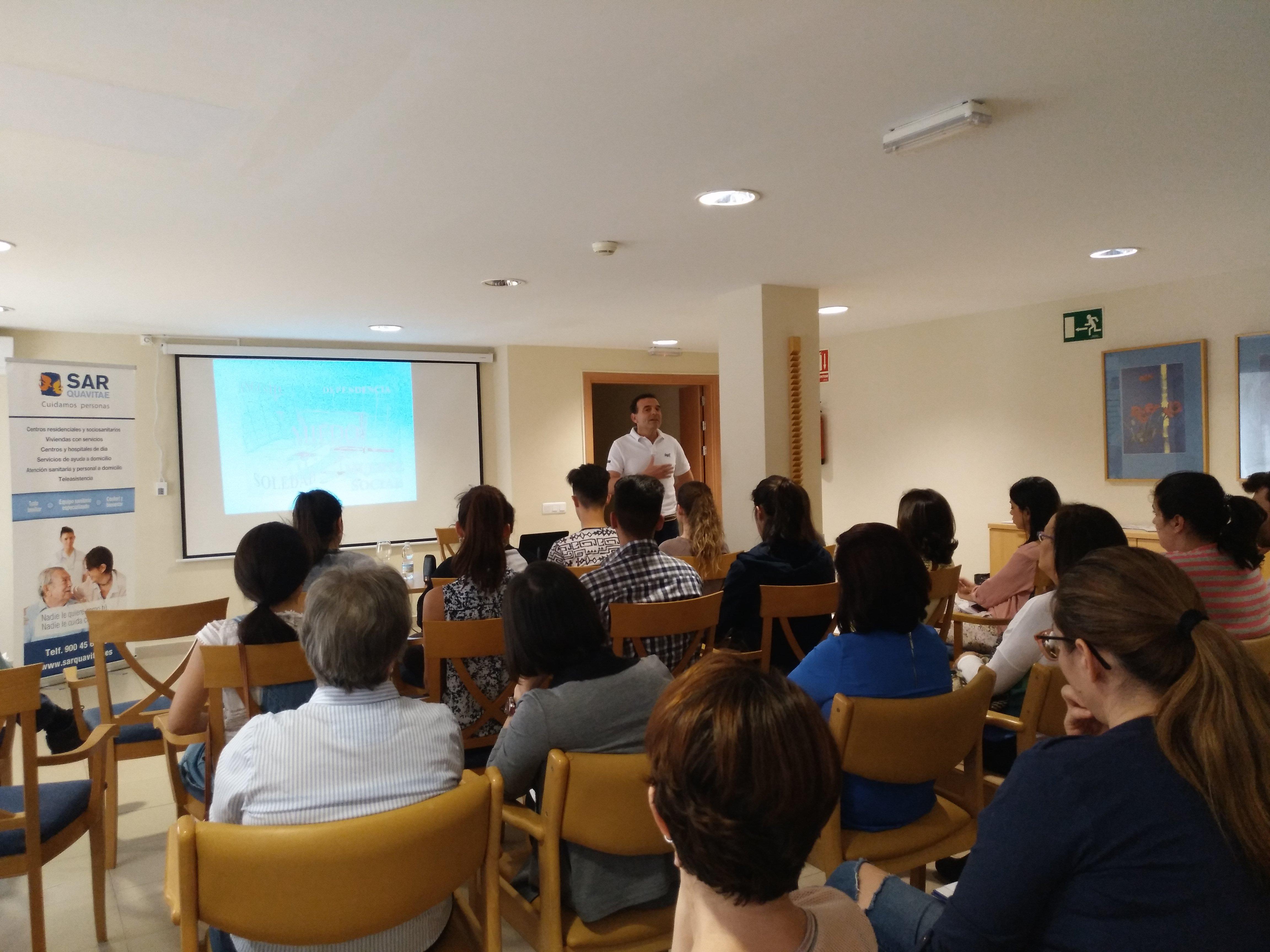 Presentación Badajoz Contigo en SARquavitae C Badajoz4