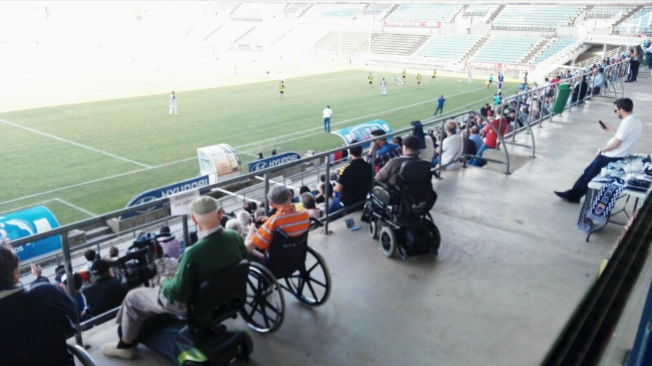 170424 Badajoz tarde de fútbol3