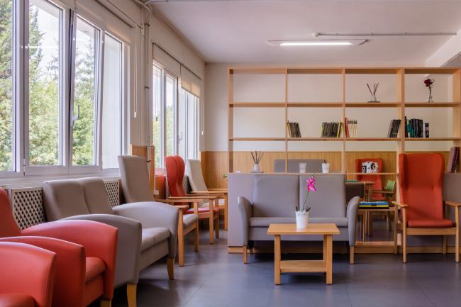 Residencia mayores Carancos sala de estar