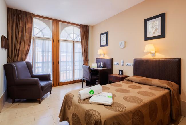 DomusVi-residencia-mayores-La-Sirena-habitacion-individual