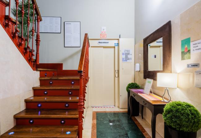 DomusVi-residencia-mayores-La-Sirena-recepcion