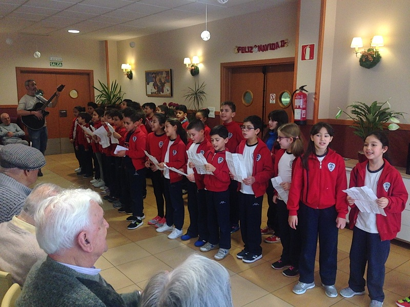 Visita Colegio Juventud a DomusVi San Lázaro