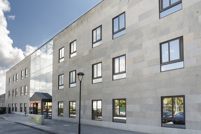 Residencia mayores Narón Coruna fachada1