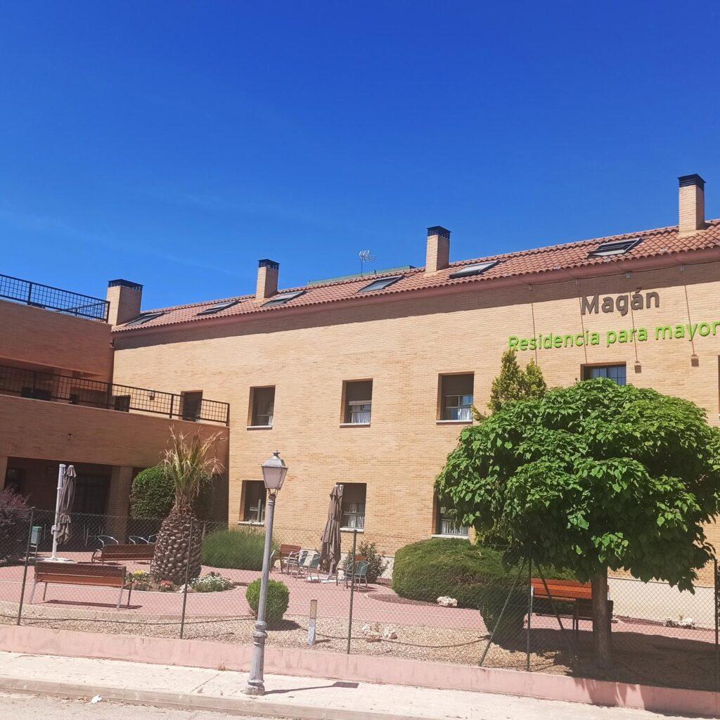 Residencia personas mayores Magán Madrid fachada