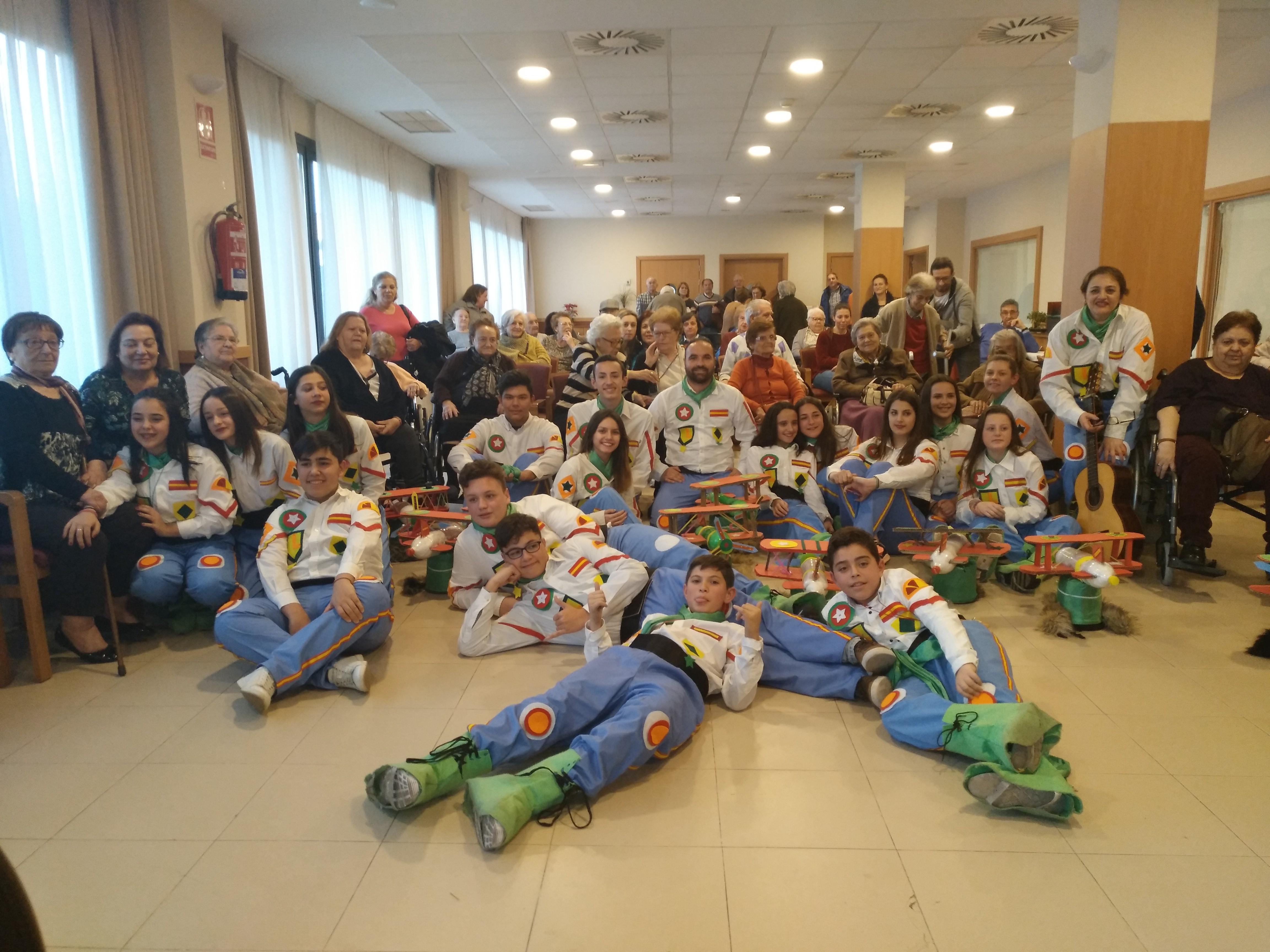 Actuación Murga en DomusVi Ciudad de Badajoz