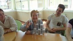Juegos con vasos 4