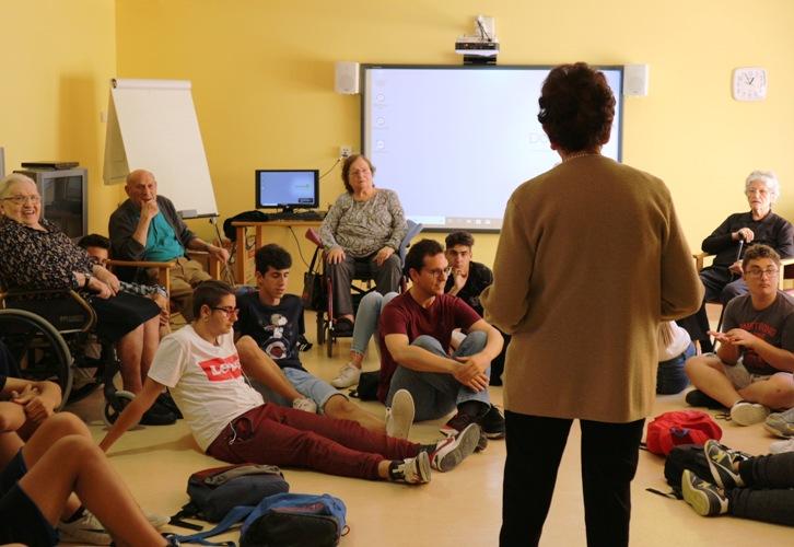 Musicoterapia DomusVi Santa Pola (16)