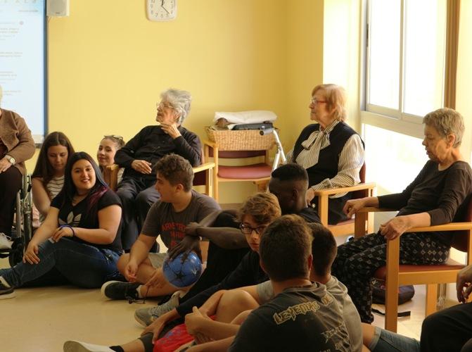 Musicoterapia DomusVi Santa Pola (3)