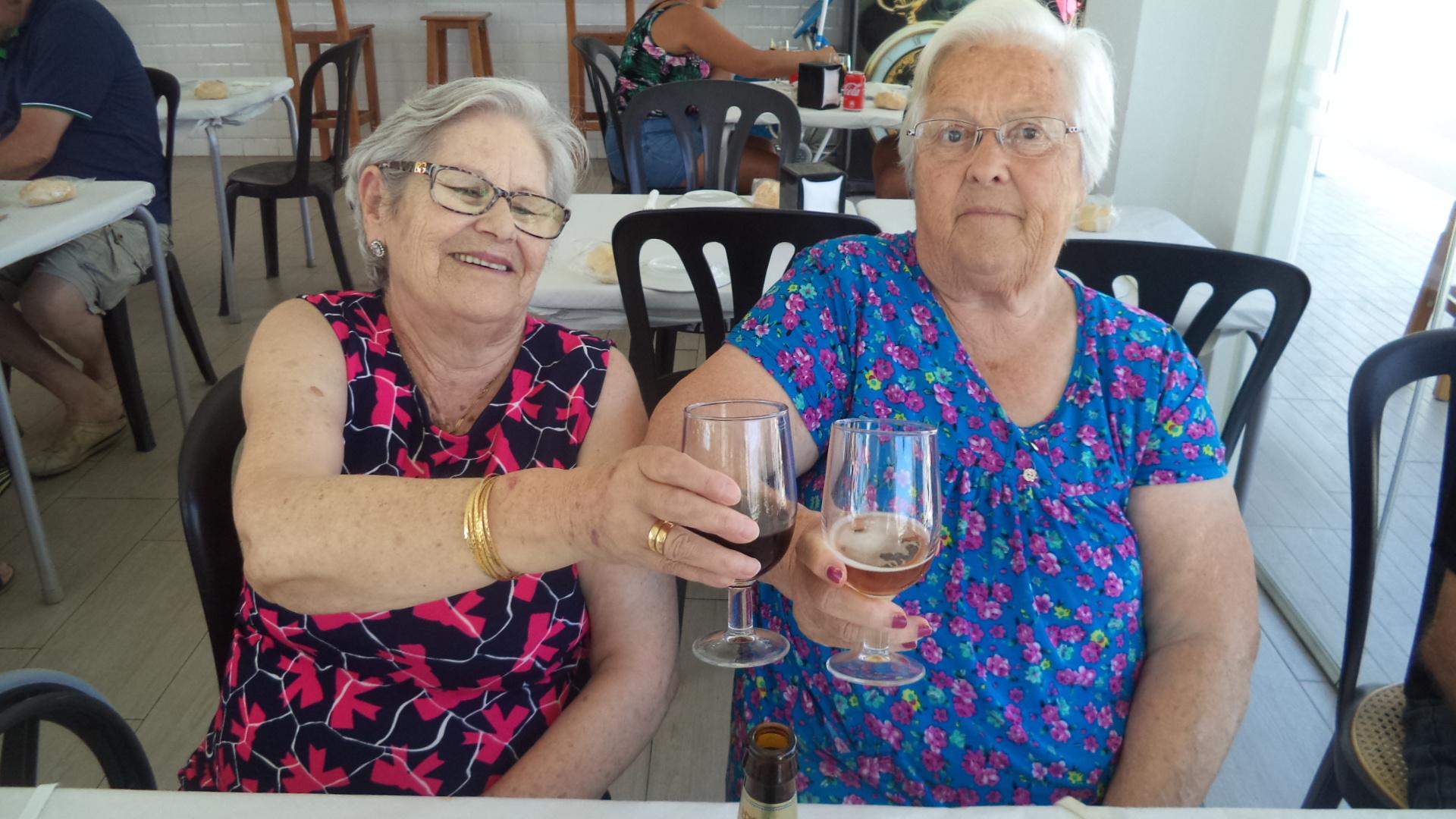 Dia de chiringuito para los mayores de DomusVi  Fuentesol