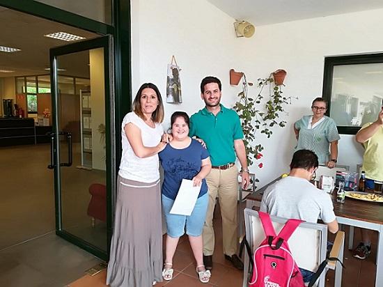 DomusVi Alcalá de Guadaíra reconoce las practicas de la AAEE