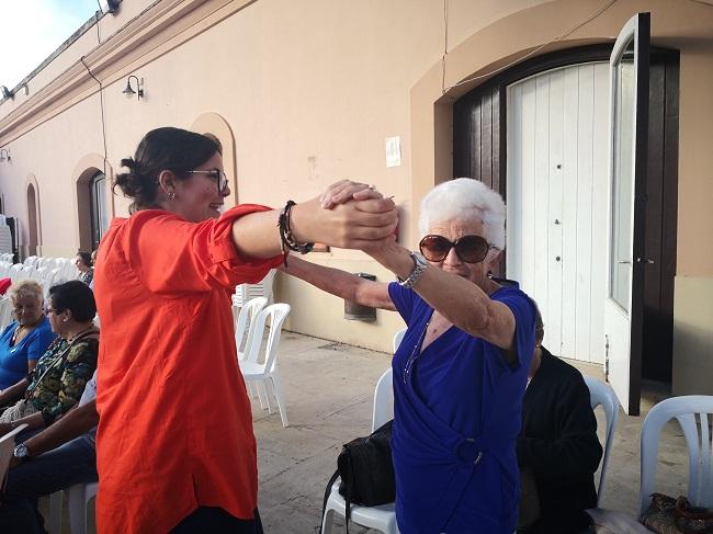 Baile mayores DomusVi Micaela Aramburu