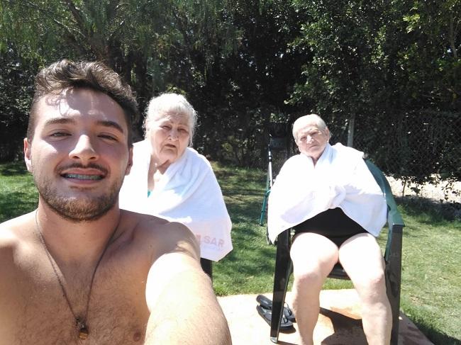 En la piscina municipal