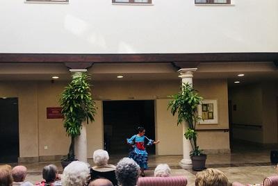 Baile Flamenco en DomusVi Condes de Corbull 8