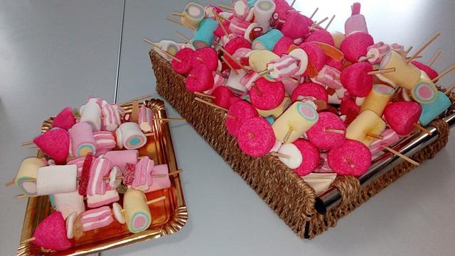 DomusVi Valdemoro. elaboración de dulces por el Alzheimer (2)