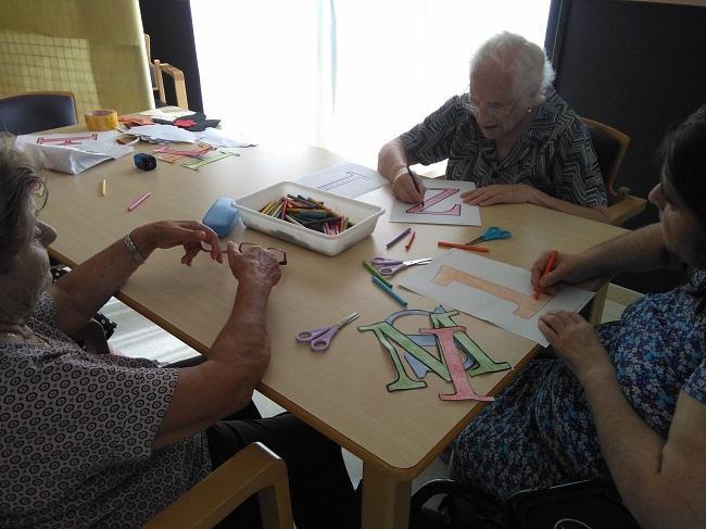 taller de manualidades alzheimer