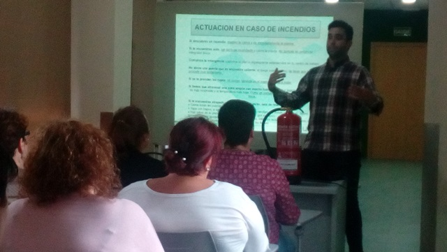 DomusVi Valdemnoro. formación a personal ante emergencia (7)