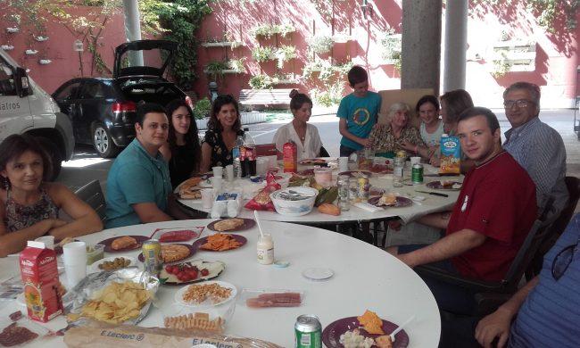 DomusVi Valdemoro. picnic celebración (1)